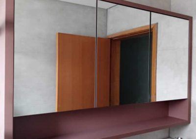Marcenaria Miranda Design - Armário de banheiro com espelho e nicho Rosa