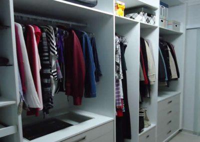Marcenaria Miranda Design - Closet Branco e Linho -marcenaria-abc