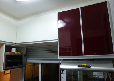 Marcenaria Miranda Design - Cozinha pequena planejada vinho Santo André (9)