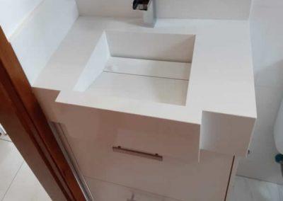 Marcenaria Miranda Design - Gabinete com gavetão e basculante