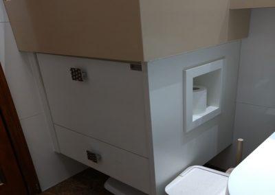 Marcenaria Miranda Design - Gabinete com nicho para papel higienico (1)